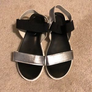 Black and silver flatforms